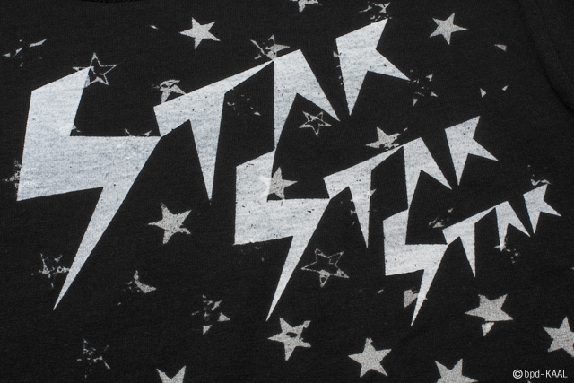 STAR STAR STAR 星柄 デザインTシャツ